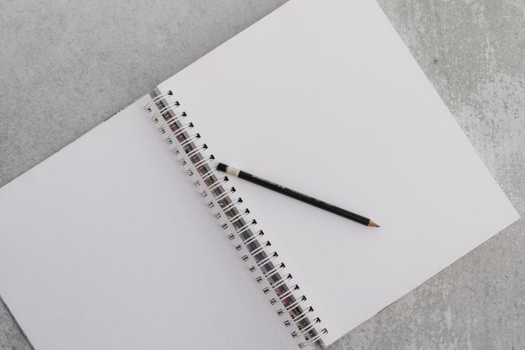 schriftje met pen
