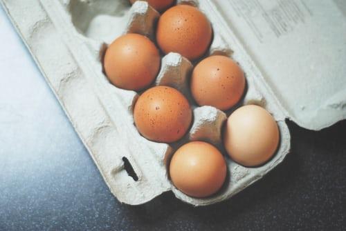 eieren in doos pannenkoeken