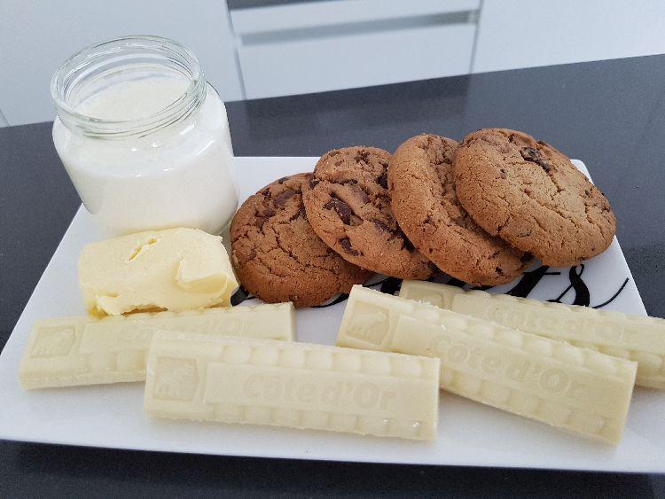 benodigdheden witte chocoladetaart