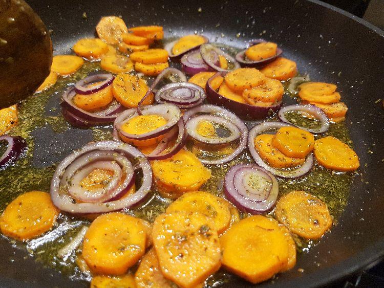 wortels bakken