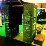 Photo booth med 2 öppningar och branding