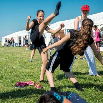 13. Olympic Day: Hyr tält för sportevent.