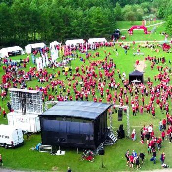 1. Blodomloppet: Scen och tält i olika storlekar uthyres för sportevent.