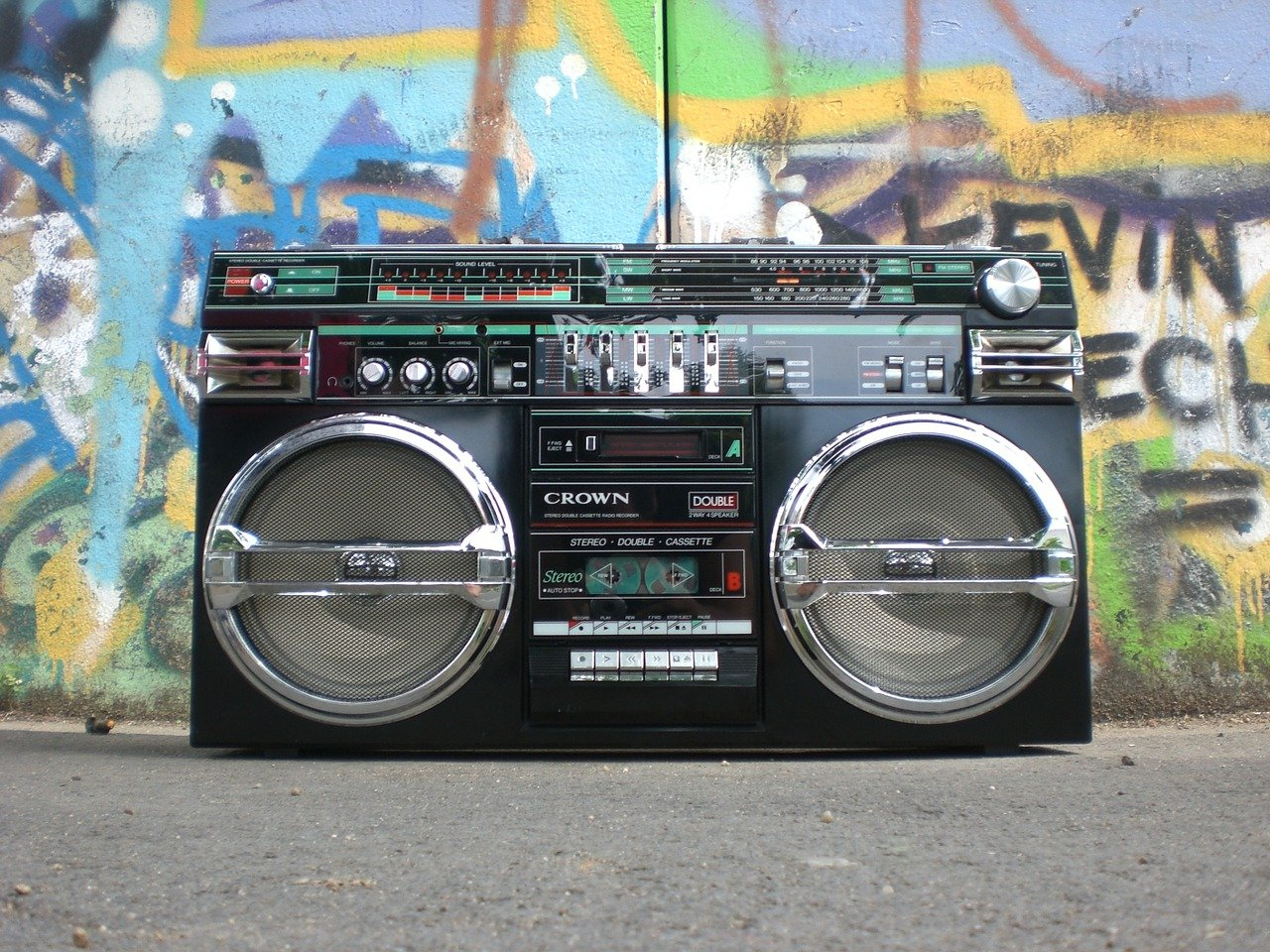 ghettoblaster, radio recorder, boombox
