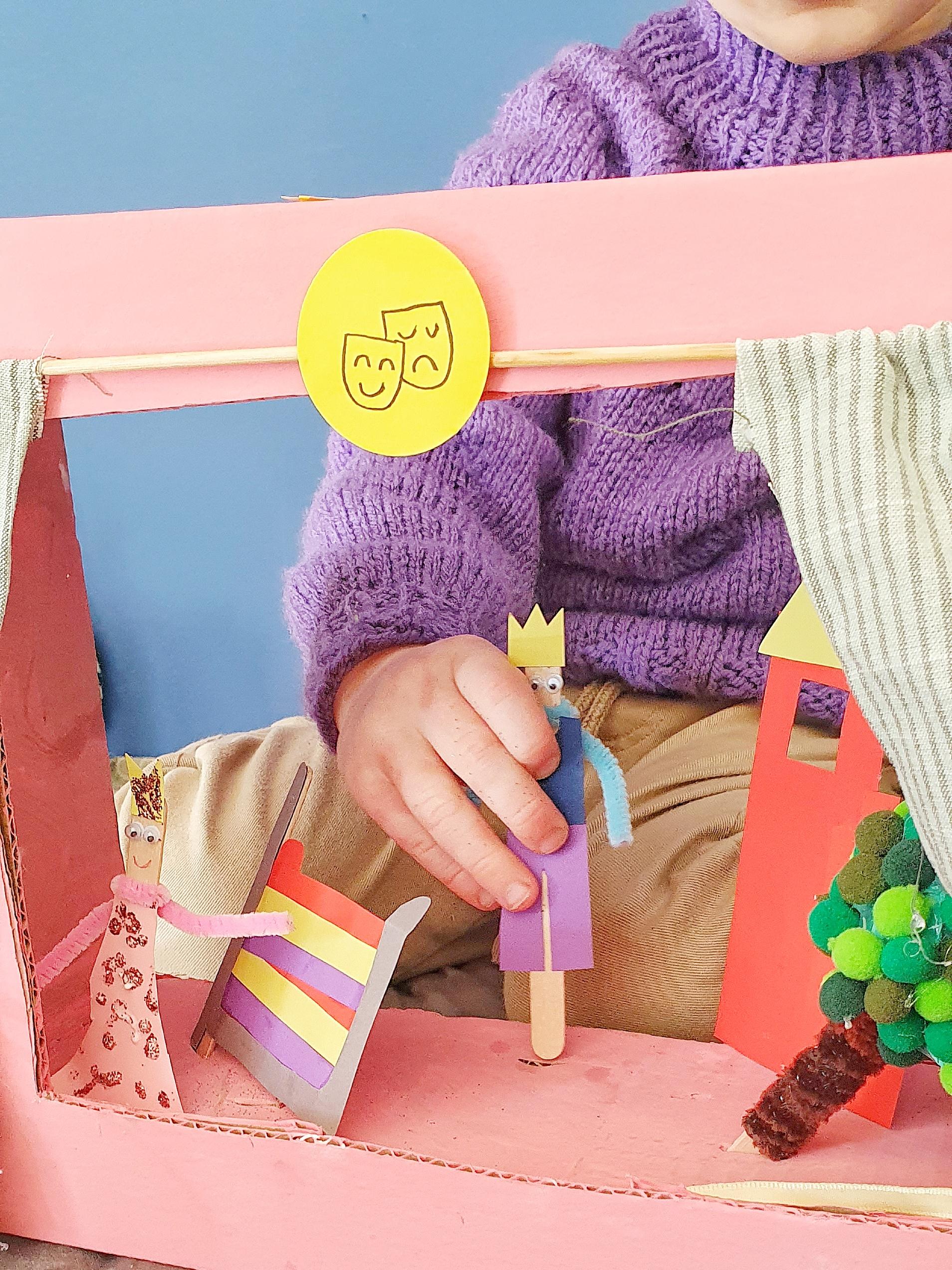 Sådan laver du et dukketeater