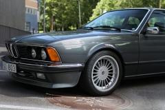 Left-head-light-of-BMW-635
