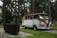Cementary-Patina-kleinbus-1957