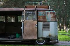 half-back-of-a-patina-klainebus-1957