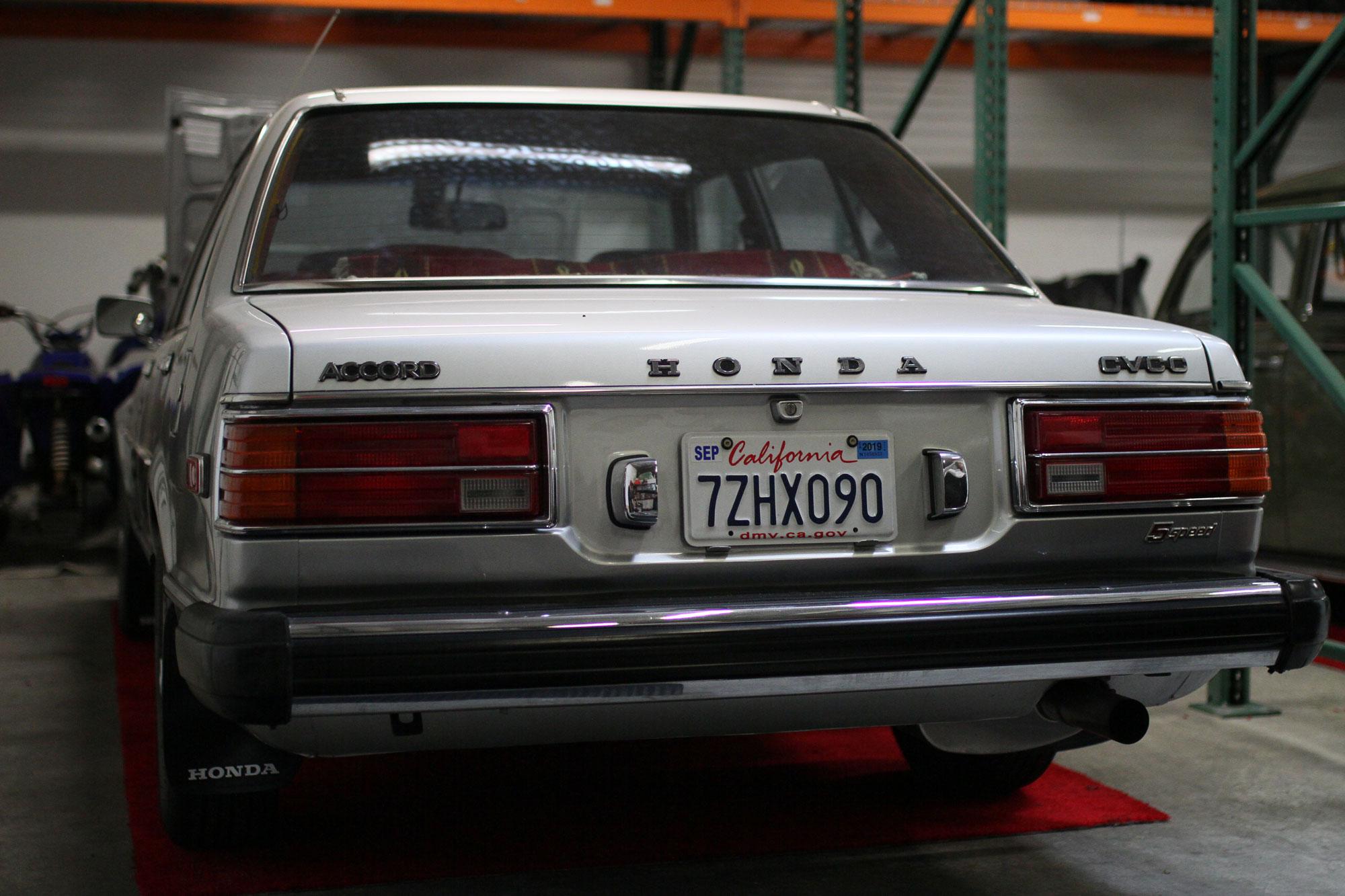 Honda Accord 1979 Sleeper bil med B18 motor