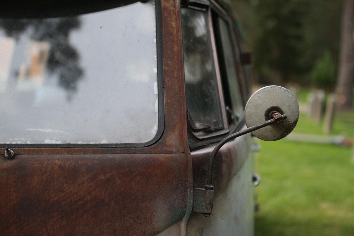 Rear view mirror on a platina kleingbus 1957