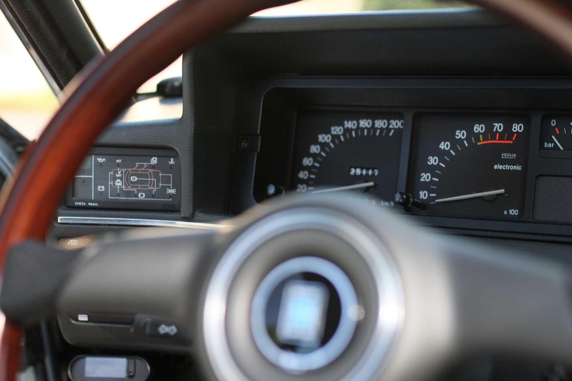 speedometer on Fiat