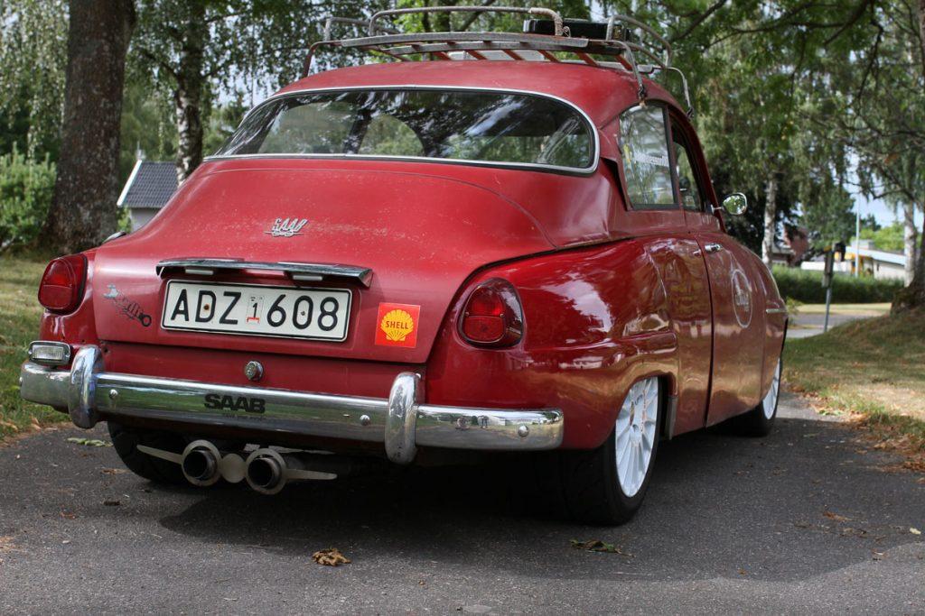 saab 96 1965 from behind