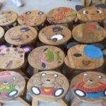 Houten kinderkrukjes: ideaal geschenk voor peuters en kleuters