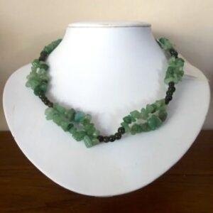 Halssnoer, lichtgroene jade