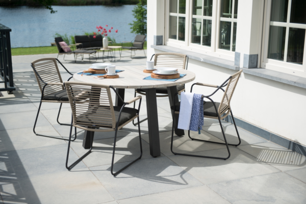 4 Seasons Outdoor Scandic Dining Set