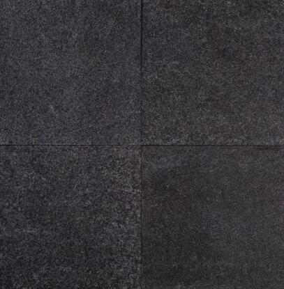 Tegels basalt gevlamd en geborsteld 100x100x3 cm