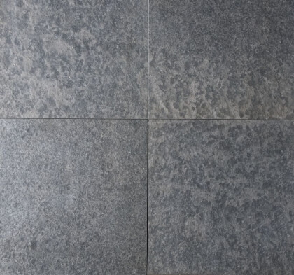 Vietnamese basalt gevlamd en geborsteld 60x60x3 cm