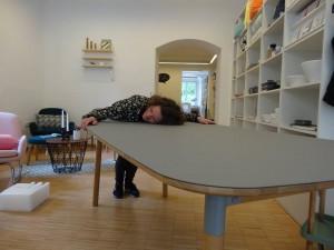 Normann Tisch da