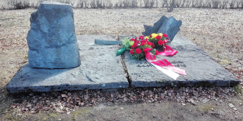 Oulu Red Guard Prison Camp Memorial