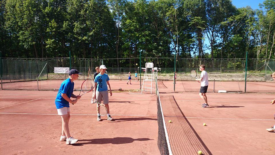 Tennisskola sommaren 2020
