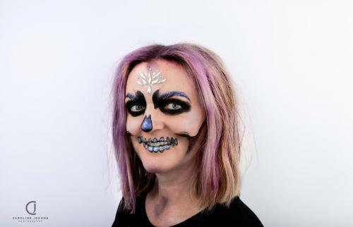 Pastel gem skull
