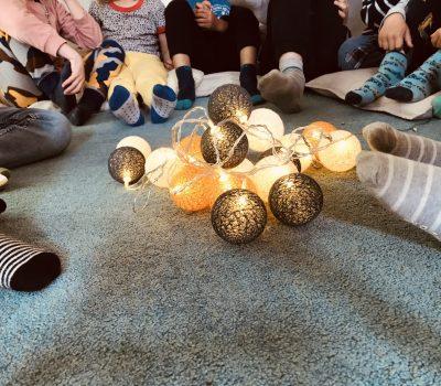 barn_fötterlampor