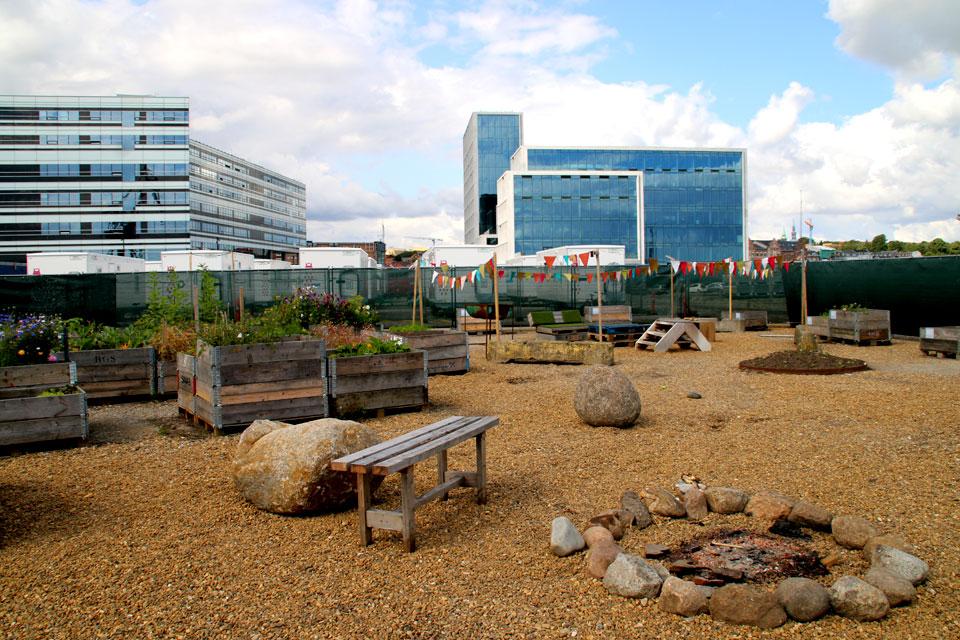 Городские огороды в порту г. Орхус, зона отдыха для студентов
