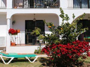 Сад жилищного комплекса Коста-дель-соль