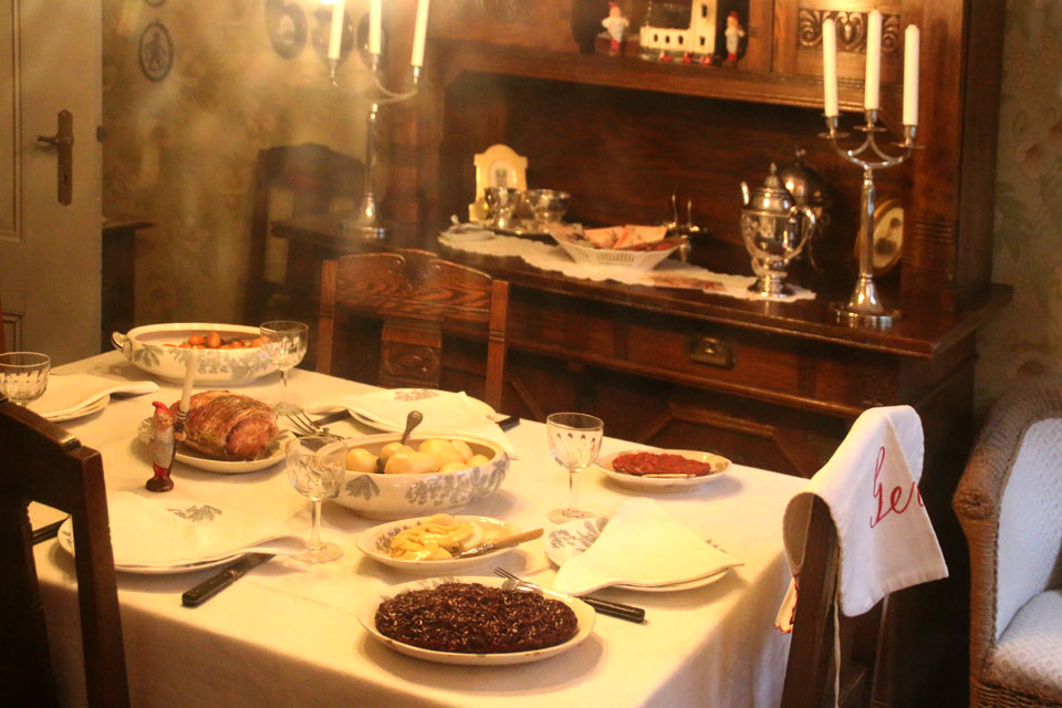 рождественский ужин в 1929 году в Дании.