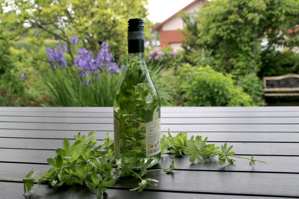 Самодельное майское вино (Majvin)