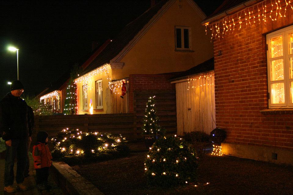 Самая наряженная рождественская улица в Дании- Fredensgade Hinnerup