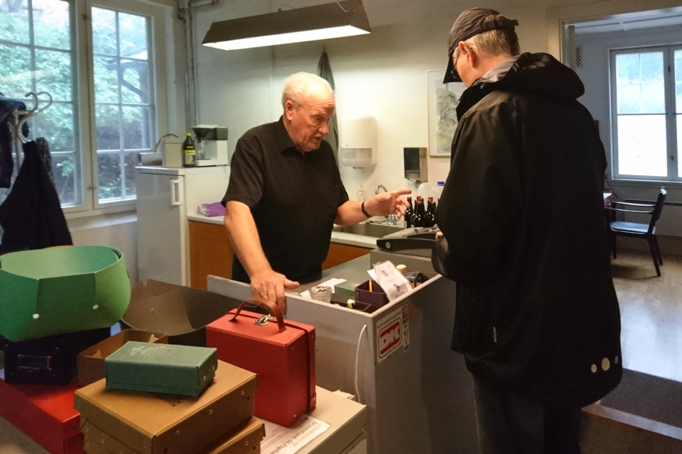Кристиан Йохансен (Kristian Johansen) на кассе бумажной фабрики Брунсхоб