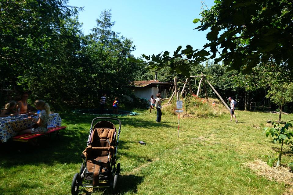 Детская площадка для общего пользования, Фриланд / Friland, Дания