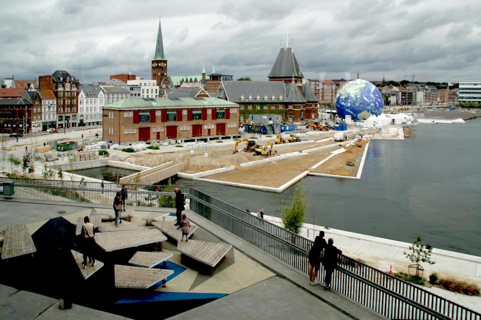 Вид на город Орхус из библиотеки DOKK1. Фото 25 июн. 2017, Дания
