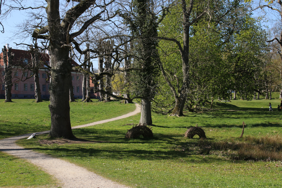 """Путь викинга Орм"". Фото 21 апр. 2019, Мосгорд / Moesgaard, г. Хойбьяу / Højbjerg, Дания"
