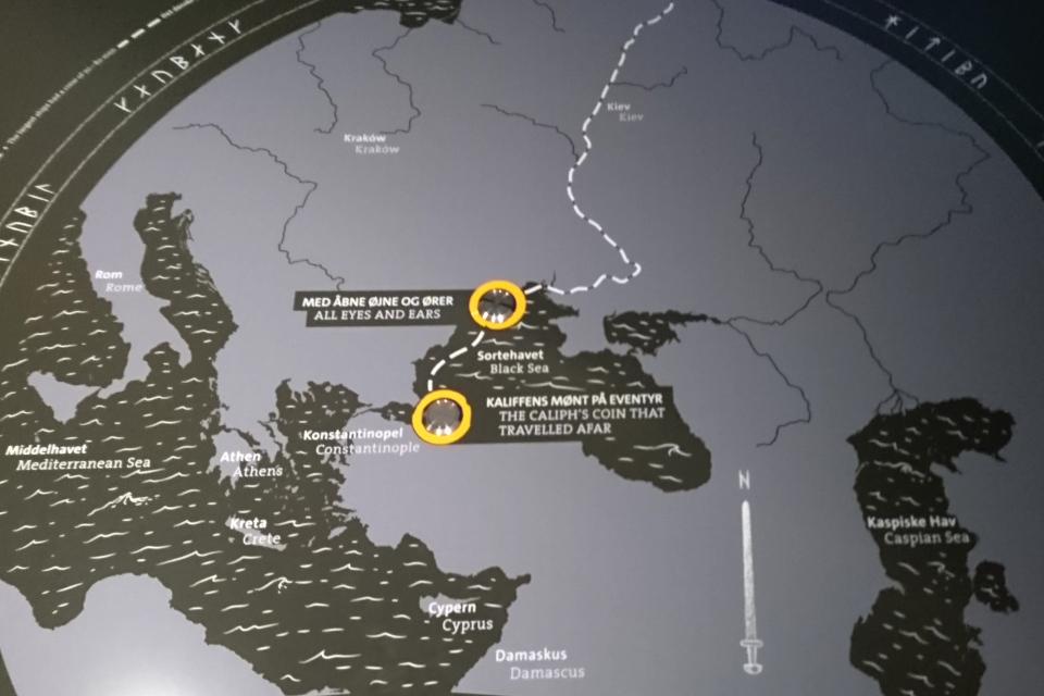 Карта, изображающая путешествие викингов по русским рекам к Черному морю