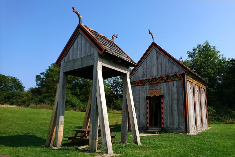 Церковь викингов, реконструкция церкви Хёрнинг (Hørning kirke)