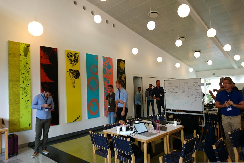 Оформительское искусство Орхусской больницы в отделе Информационных Технологий