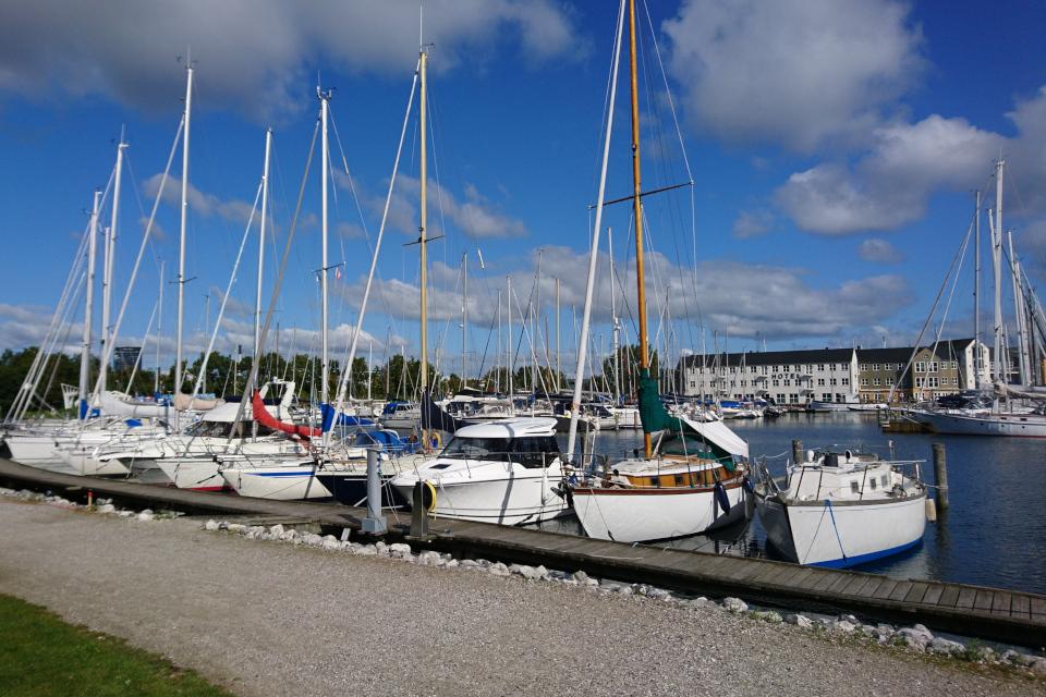 Морской порт для парусных лодок (Marselisborg Lystbådehavn)