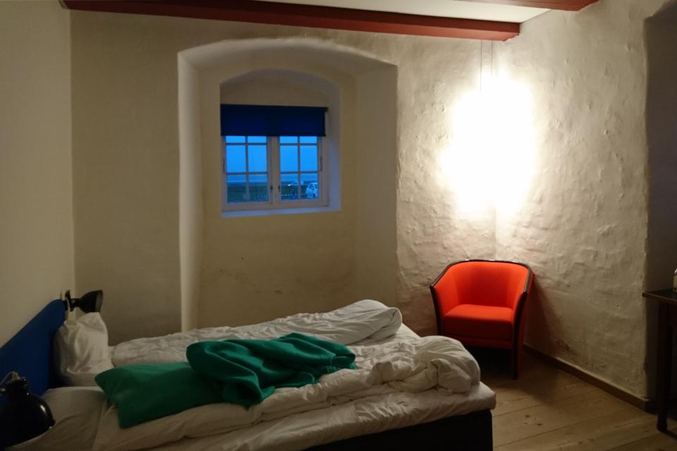 Комната в гостинице бывшего монастыря. Фото 13 окт. 2019, монастырь Витскол, Дания