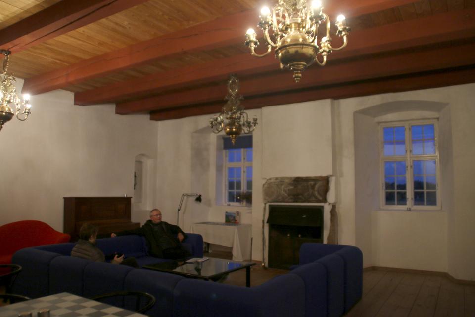 Зал отдыха (дат. kaffestuen) бывшего старинного монастыря Витскол