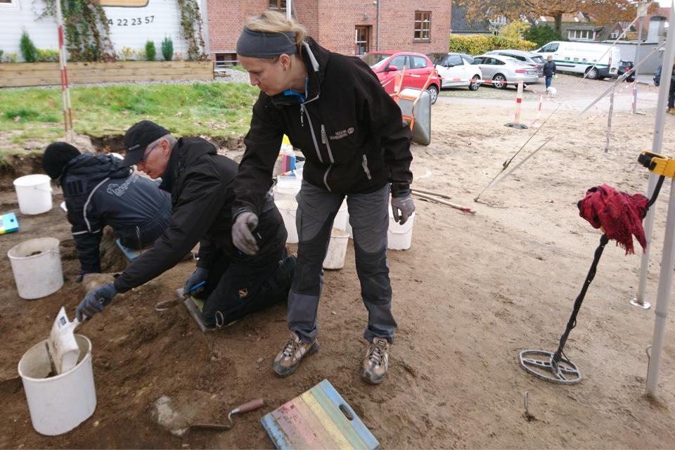 Открытая археология в Скандерборге, Munkekroen - металлодетектор. Фото 17 окт. 2019