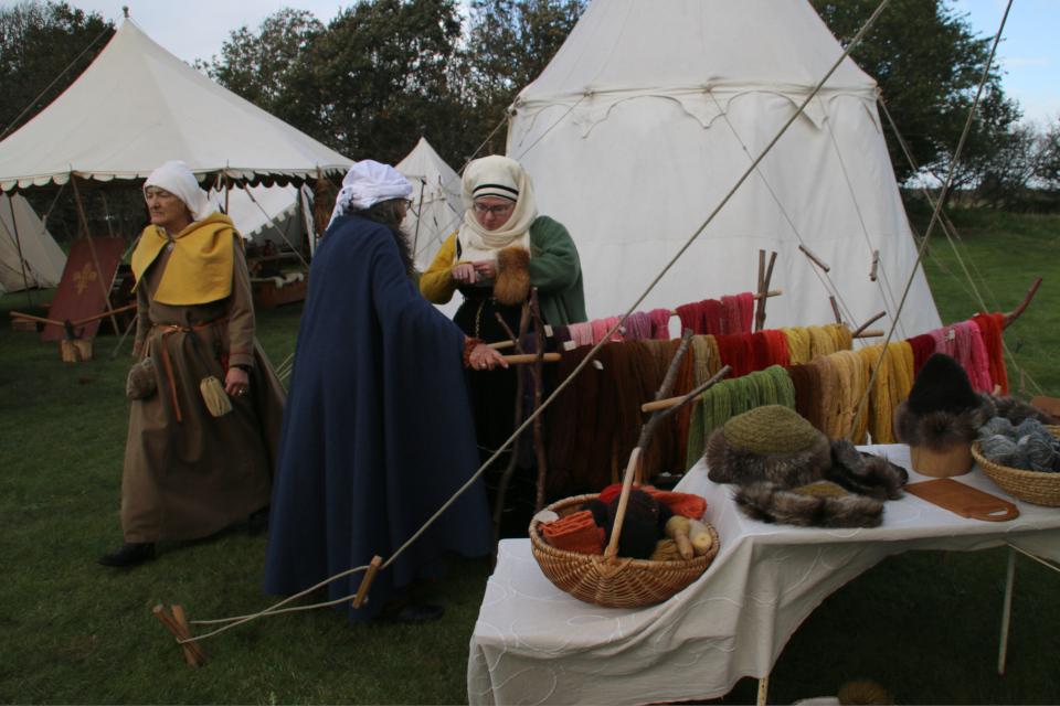 крашенная пряжа, Средневековый фестиваль в монастыре Витскол