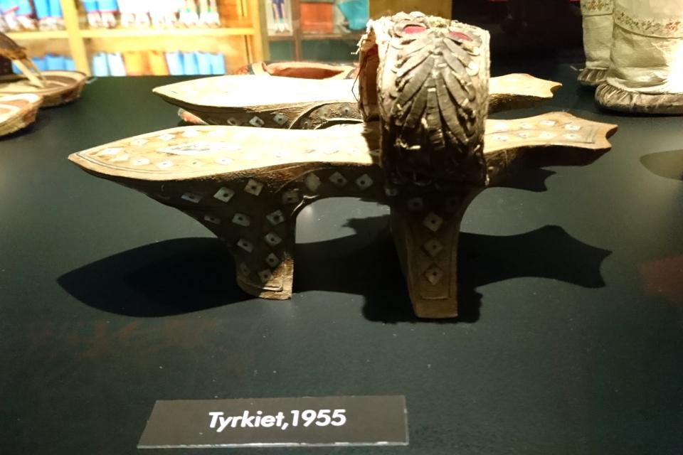 Туфли-скамейка на двух каблуках из Турции, 1955 г.
