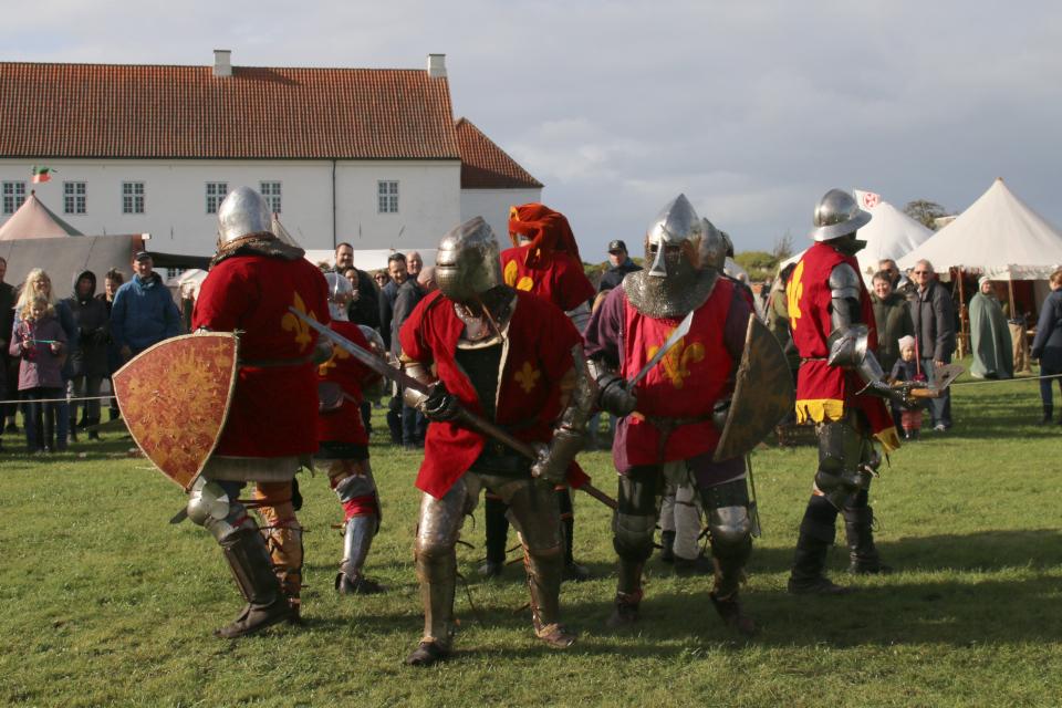 Scramasax скрамасакс - Средневековый фестиваль в монастыре Витскол