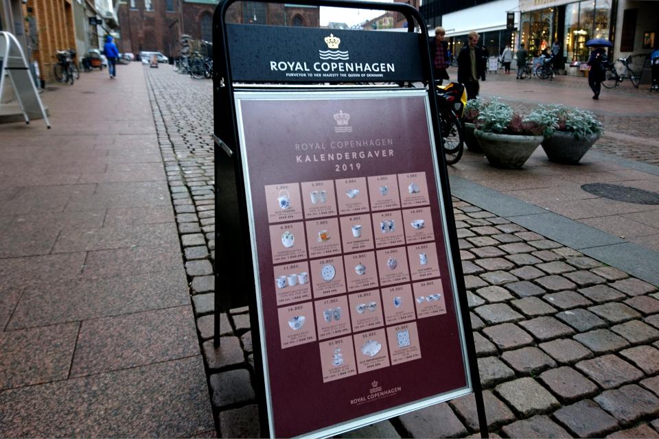 Реклама календарных подарков Датской Королевской фарфоровой мануфактуры