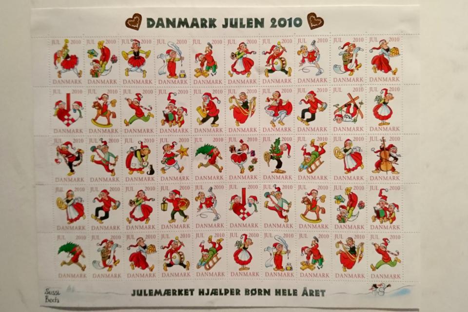 Рождественские почтово-благотворительные марки в Дании 2010 года с