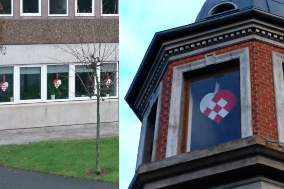 Плетеные рождественские сердечки украшают окна, Дания