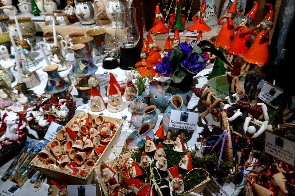 Рождественские украшения - ниссе (nisse) из керамики
