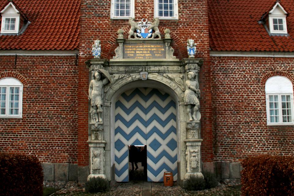 Замок Ульструп, Дания